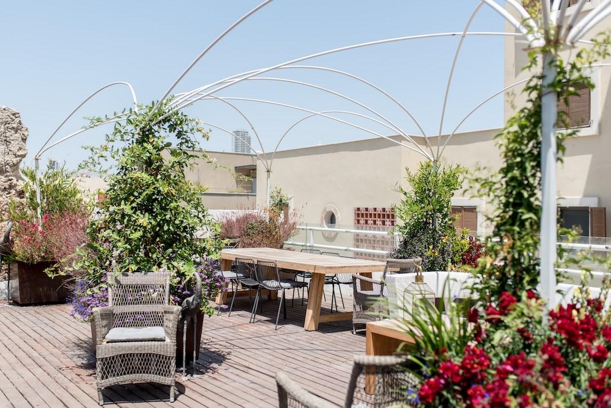 גג המלון