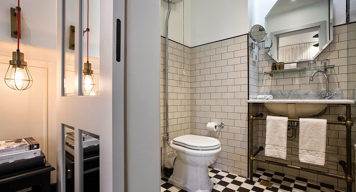 אמבטיה מלון מרקט האוס