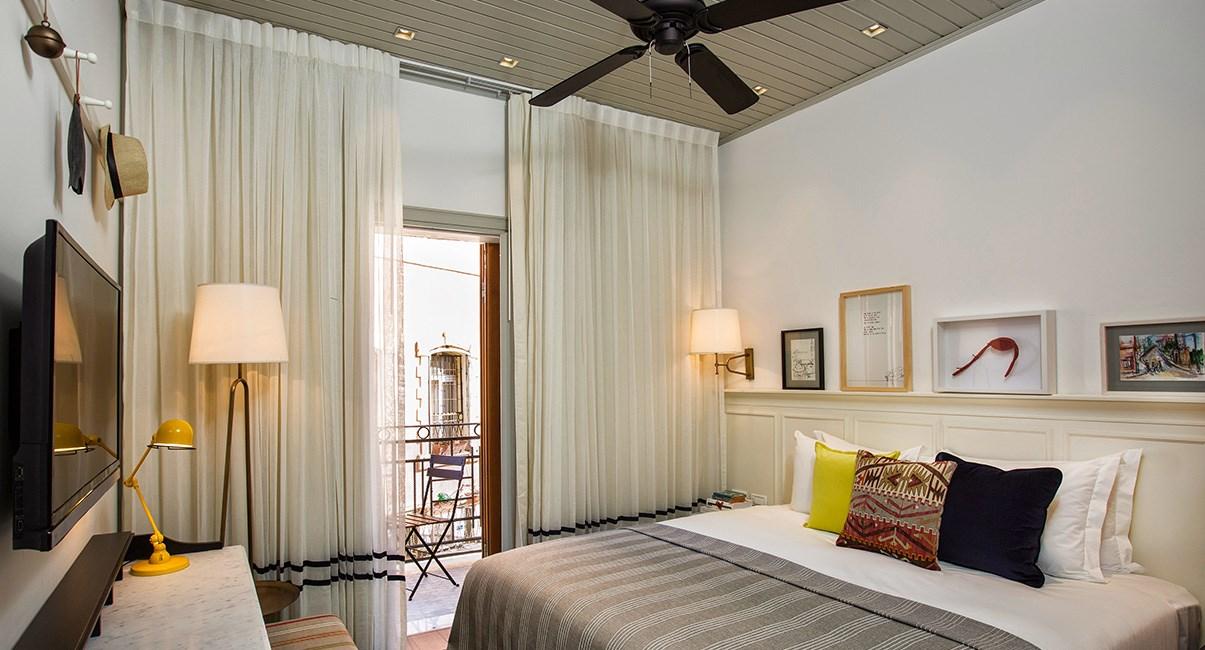 חדר מלון מרקט האוס