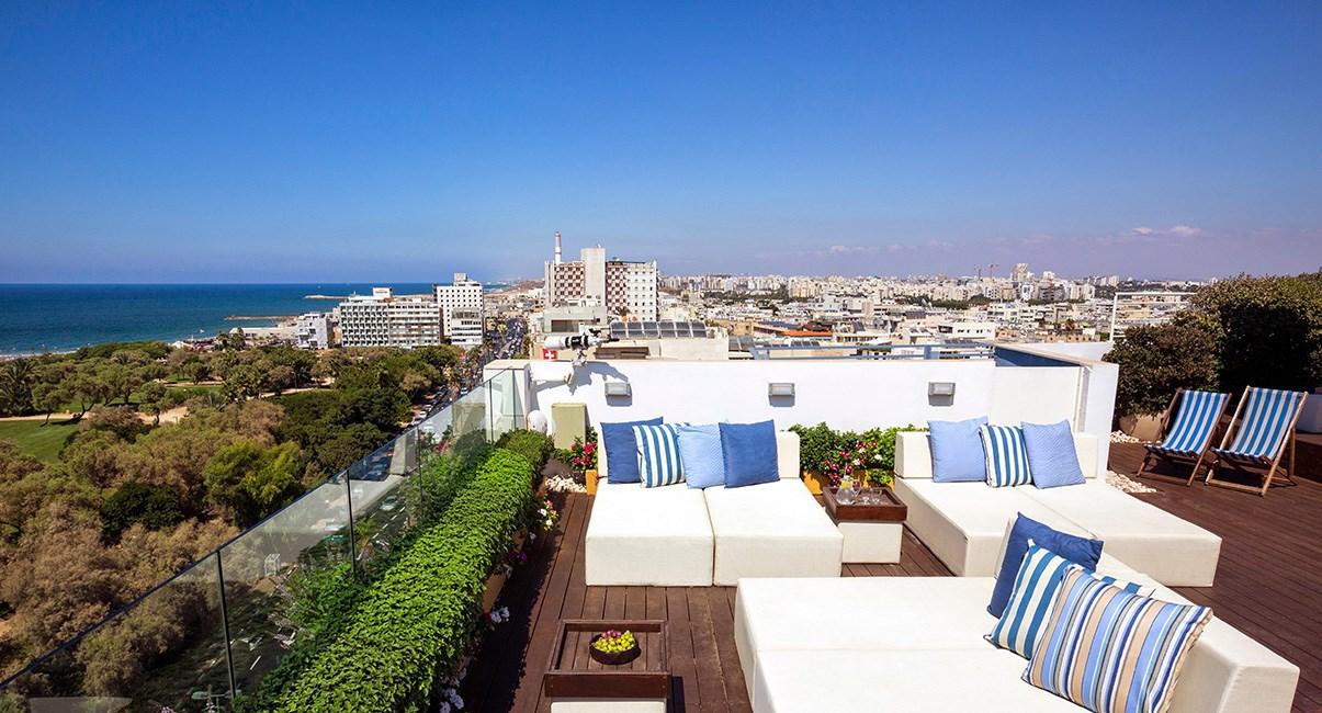 גג עם נוף לים מלון מלודי תל-אביב