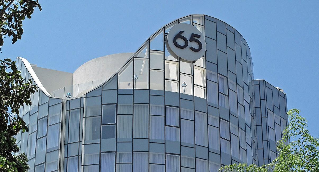 65 hotel top