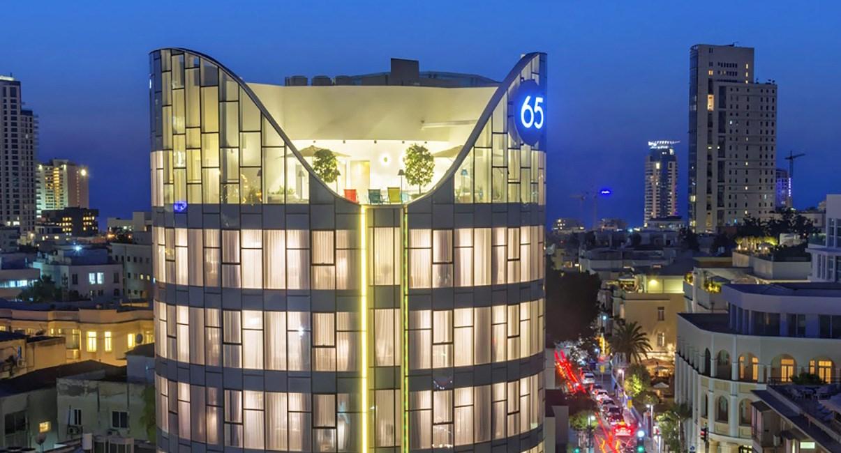 65 hotel at night