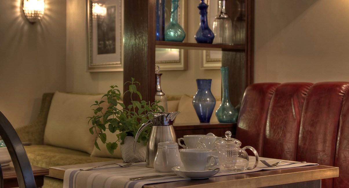 arthur hotel breakfast