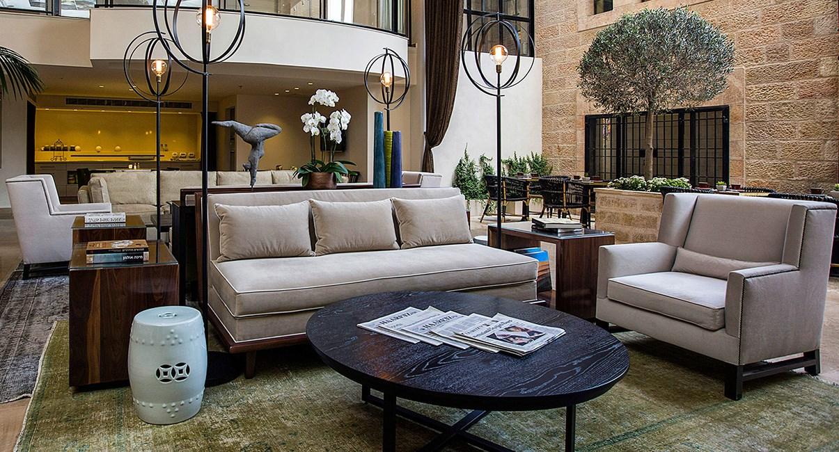 lobby in harmony hotel