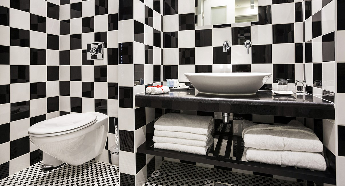 bathroom harmony hotel
