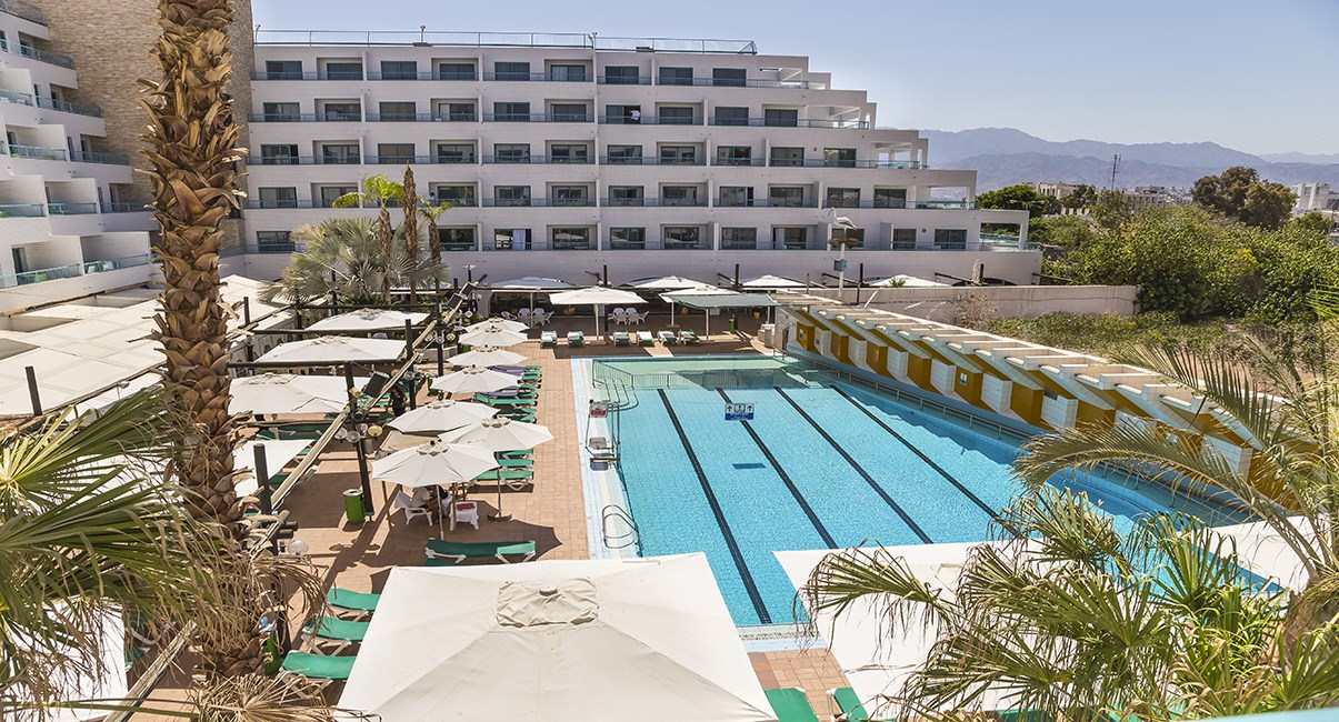 pool area nova like hotel eilat