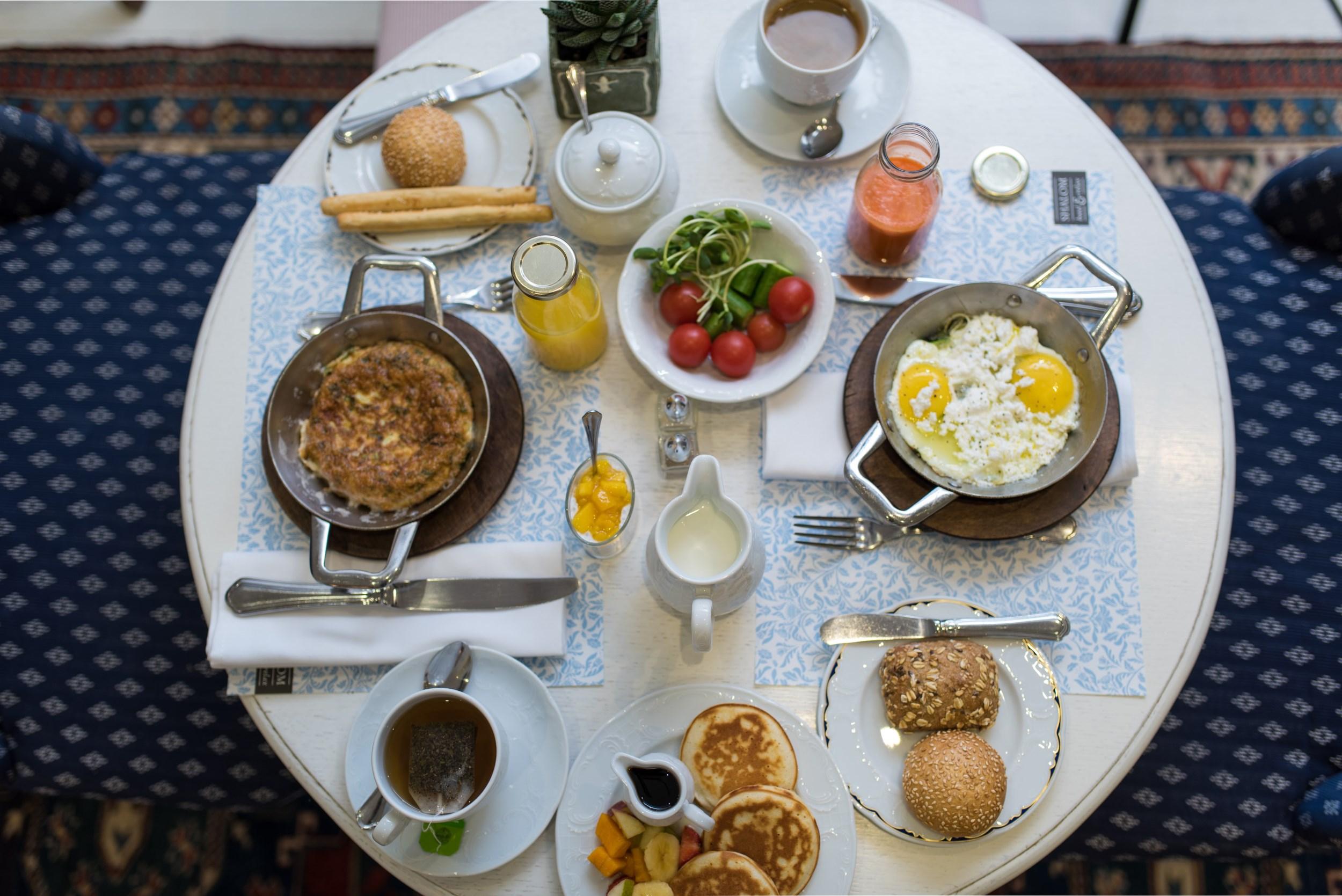 breakfast shalom hotel tel aviv
