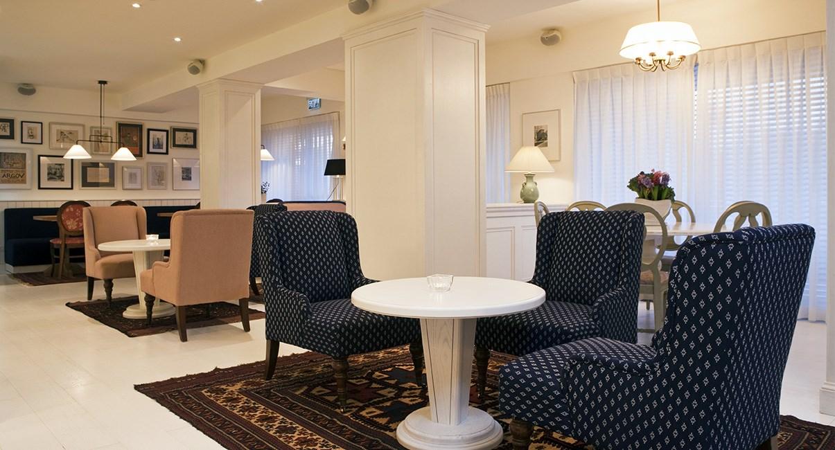 lobby shalom hotel